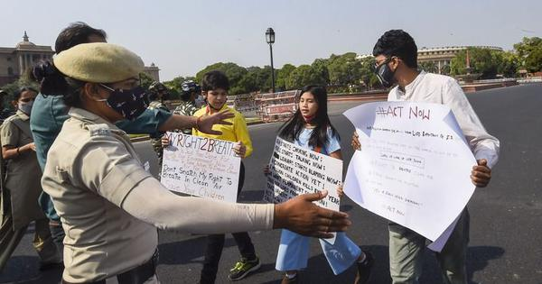 9-year-old climate activist says she was detained for protesting against air pollution in Delhi