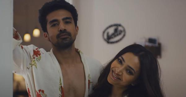 'Comedy Couple' review: Shweta Basu Prasad and Saqib Saleem share the stage but fall apart beyond it