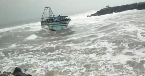 Watch: What Tamil Nadu and Pondicherry looked like as Cyclone Nivar neared landfall
