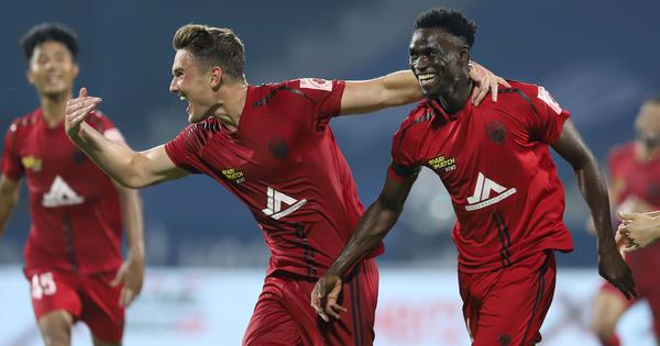 ISL: Idrissa Sylla's last-minute strike helps NorthEast United earn a point against Kerala Blasters