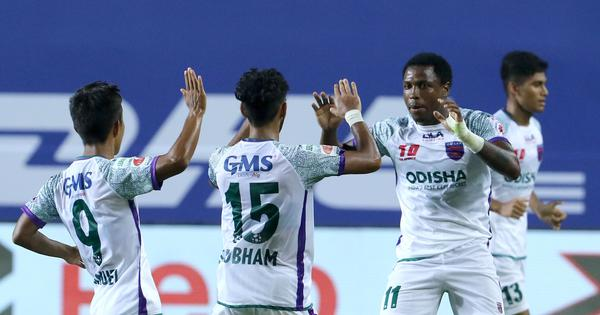 ISL: Diego Mauricio's stunning late brace helps Odisha salvage a point against ten-man Jamshedpur