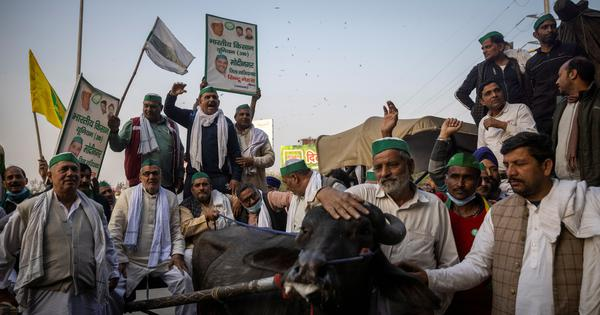 The big news: Ahead of talks tomorrow, farmers say 'will take more steps', and 9 other top stories