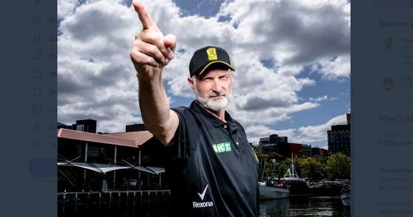 Smell the money: Umpires carry deodorant branding under armpits in Australia's Big Bash League
