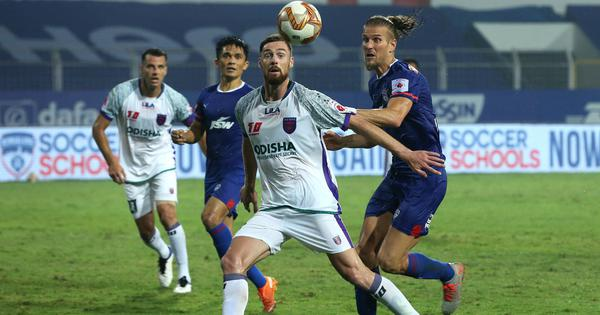 ISL: Goalkeepers impress as Bengaluru FC salvage point after late goal against Odisha FC