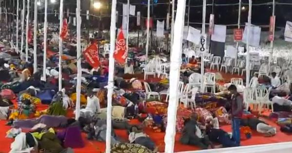 Watch: Thousands of farmers reach Mumbai's Azad Maidan to protest against the new farm laws