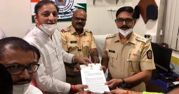 Arnab Goswami WhatsApp chats: Congress leaders in Mumbai file complaint, demand his immediate arrest