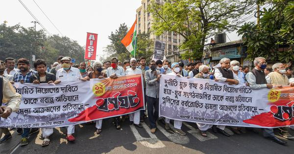 West Bengal: Left parties block roads, trains in 12-hour bandh against police action on activists