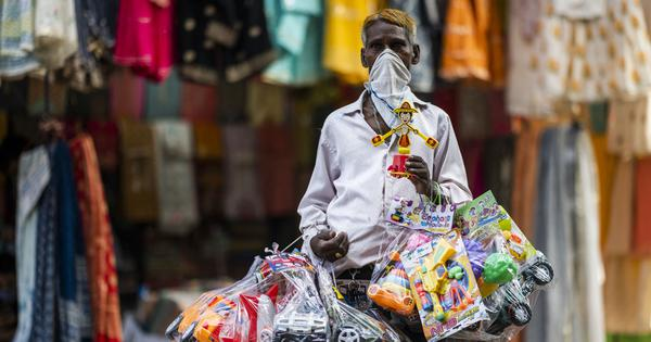 Modi's credit scheme has benefited only 11% of India's vulnerable street vendors, reveals a survey