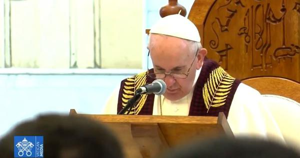 Watch: Pope Francis visits Qaraqosh, a Christian-majority city in Iraq