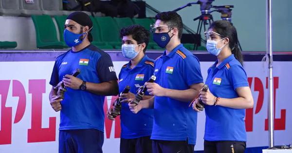 ISSF World Cup: Vijayveer, Tejaswani win gold in all-Indian 25m rapid fire pistol mixed team final