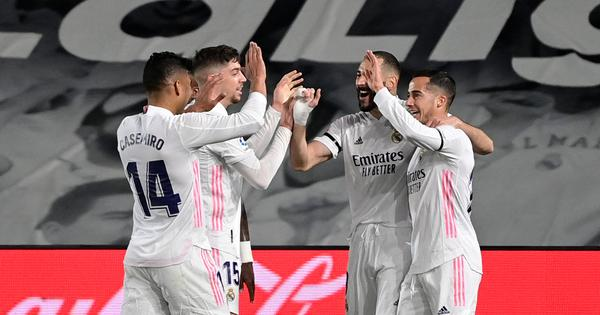 La Liga: Real Madrid go top after victory over arch-rivals Barcelona in thrilling El Clasico