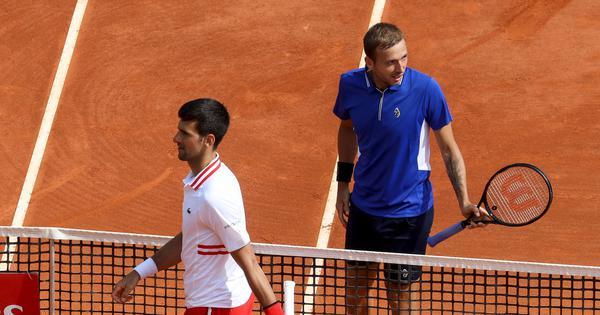 Monte Carlo Masters: Novak Djokovic suffers straight sets defeat to Dan Evans in round of 16