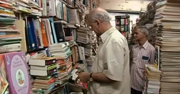 TS Shanbhag, owner of Bengaluru's legendary Premier Bookshop, dies at 84. A video in remembrance
