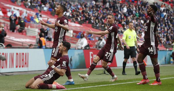 Watch: Tielemans' stunning strike, Schmeichel's superb saves in Leicester's historic FA Cup win