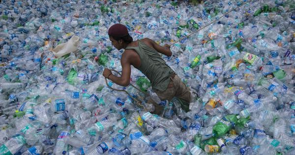 How India plans to get rid of single-use plastic starting 2022