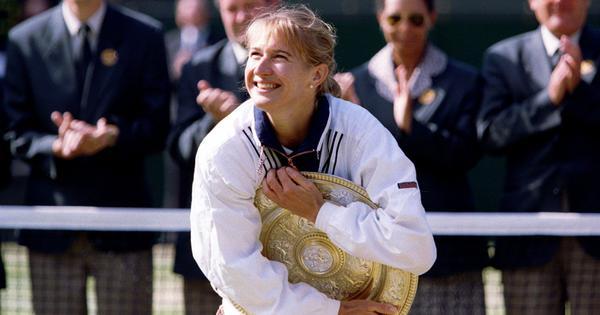 Watch: Wimbledon rewind - When Steffi Graf recieved a marriage proposal from a fan