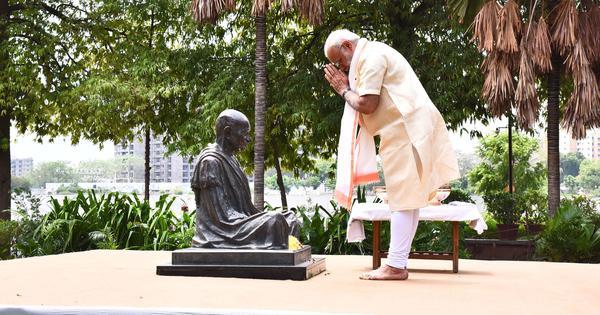 Ramachandra Guha: How Modi is trying to use Gandhi's name to whitewash his dark record