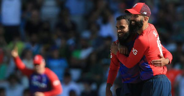 Watch highlights: England spinners take a star turn to beat Pakistan and level T20 series