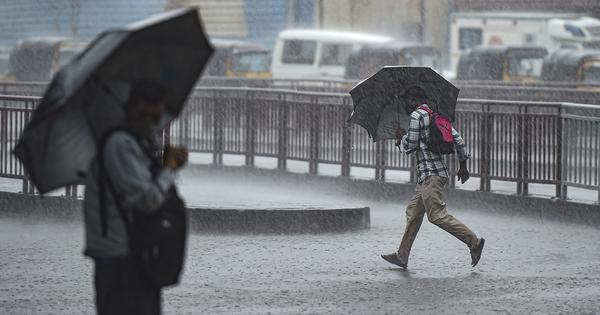 Monsoon: IMD issues red alert warning for Mumbai, Pune and five other districts of Maharashtra