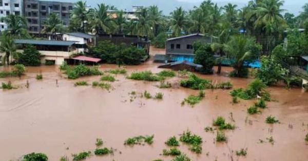 Massive flooding in Maharashtra's Chiplun after torrential rain