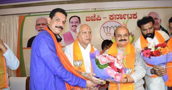 Basavaraj Bommai takes oath as new Karnataka chief minister