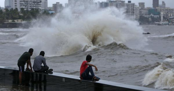 High costs and environmental risks are holding back India from harnessing ocean energy