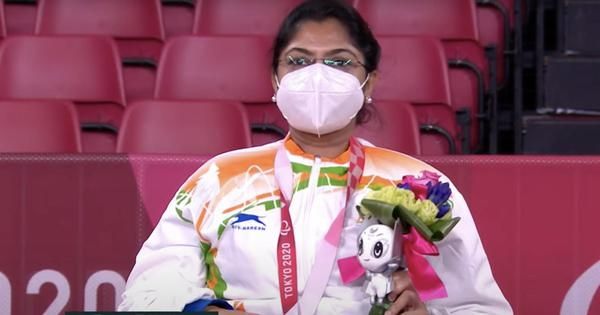 Watch: Paralympian Bhavina Patel's family and friends celebrate her medal with dancing and sweets