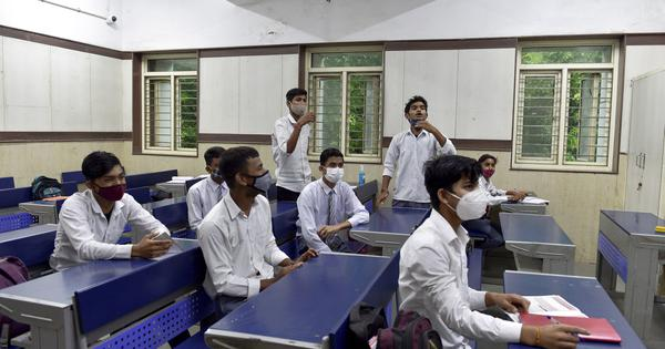SC refuses to take up plea to direct Centre, states to resume physical classes in schools