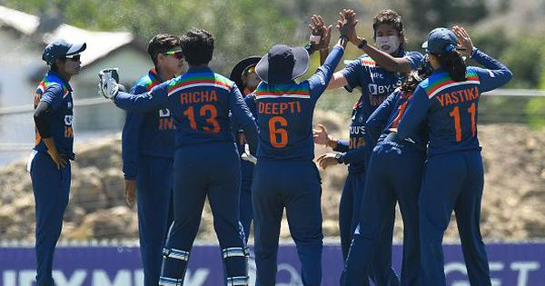 Australia vs India: The duality of the Indian women's cricket team and a dramatic third ODI win
