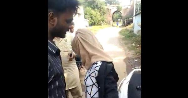 Mob forces woman to remove burqa in Bhopal
