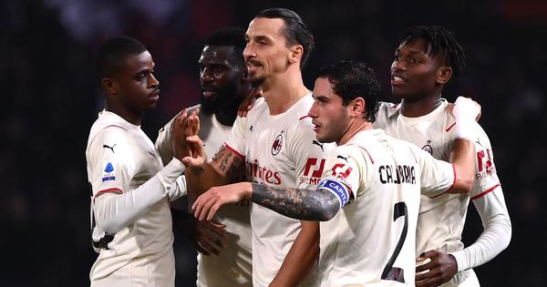 Serie A: Zlatan Ibrahimovic scores at both ends as AC Milan see off nine-man Bologna to go top