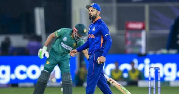 T20 World Cup, IND vs PAK blog: Pakistan end long wait as Babar, Rizwan guide them to 10-wicket win