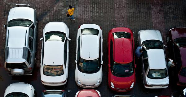 Auto sales fall 20.6% in May, biggest decline in 18 years