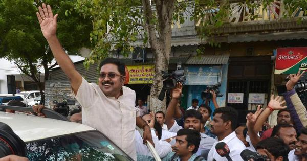 As ruling on Tamil Nadu MLAs' disqualification looms, Dinakaran is working to bring down Palaniswami