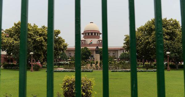 Supreme Court stays proceedings under SC/ST Act against woman forest officer attacked by mob
