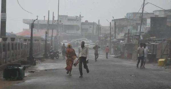 Cyclone Titli kills eight in Andhra Pradesh, weather department says storm has weakened