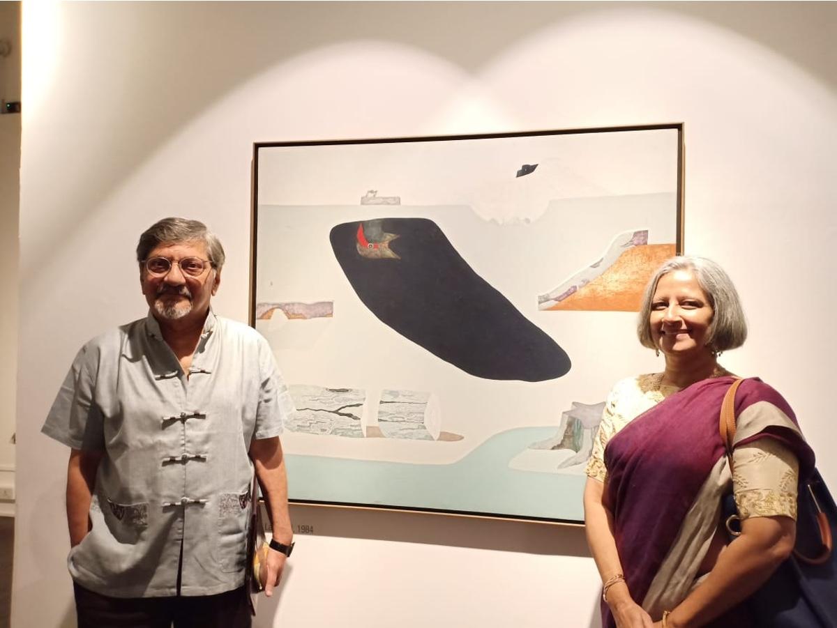 Amol Palekar and his wife Sandhya Gokhale at the Prabhakar Barve exhibition, NGMA Mumbai. Photo courtesy Amol Palekar