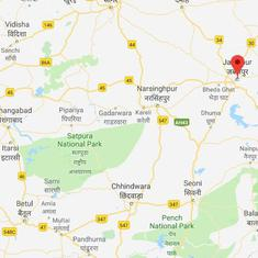 Madhya Pradesh:  Relatives of patients assault Scheduled Tribe doctor, demand an upper caste one