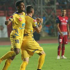 Indian Super League: Jamshedpur blow two-goal lead to draw 2-2 with Kerala Blasters