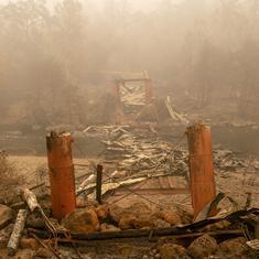 अमेरिका : कैलिफोर्निया के जंगलों में लगी आग से मरने वालों की संख्या 59 हुई, 130 अब भी लापता