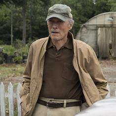 'The Mule' movie review: Clint Eastwood steers a gentle comedy about aging and surviving