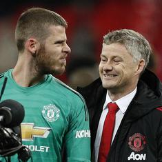 Manchester United coach Solskjaer says De Gea will retain his place against Huddersfield