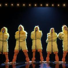 Watch the Backstreet Boys perform an 'all-clucking' version of  'Everybody' with Jimmy Fallon