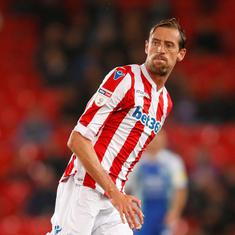 Watch: Former England forward Peter Crouch joins Burnley; club announces it with a bizarre video