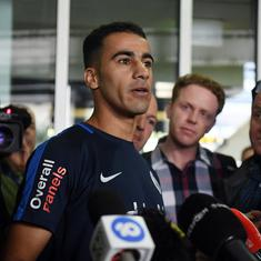 Refugee footballer Hakeem al-Araibi returns to Australia after two-month detention in Thailand