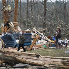 United States: At least 23 killed, 50 injured after tornadoes strike Alabama