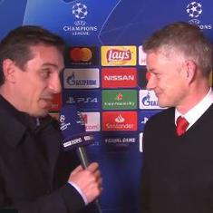 Where would you like your statue? Watch Neville's epic chat with Solskjaer after United's PSG win