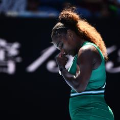 Serena Williams urges women to 'band together' in fight against 'double standards'