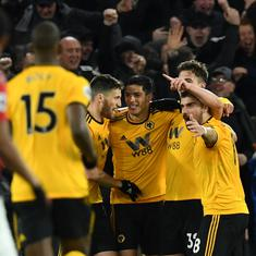 Premier League: Raul Jimenez leads Wolves' fightback to beat 10-man Manchester United
