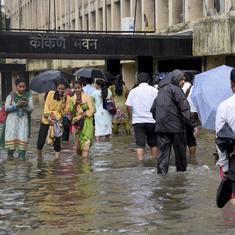 मुंबई में भारी बारिश को लेकर मौसम विभाग ने रेड अलर्ट जारी किया